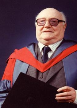 D. Simon  Evans