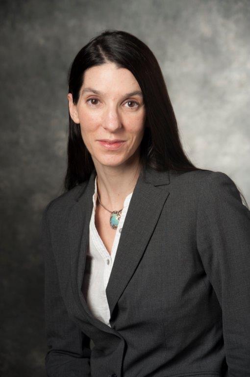Alicia R Zuese